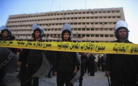 Αίγυπτος: Νεκροί έξι αστυνομικοί από έκρηξη βόμβας στο Σινά