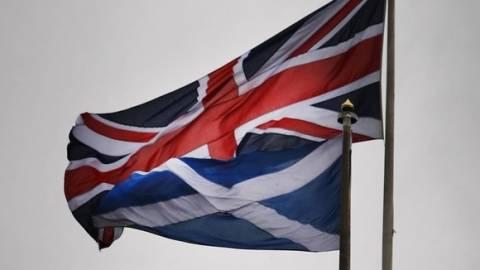 Σκωτία: Αντίστροφη μέτρηση για το κρίσιμο δημοψήφισμα