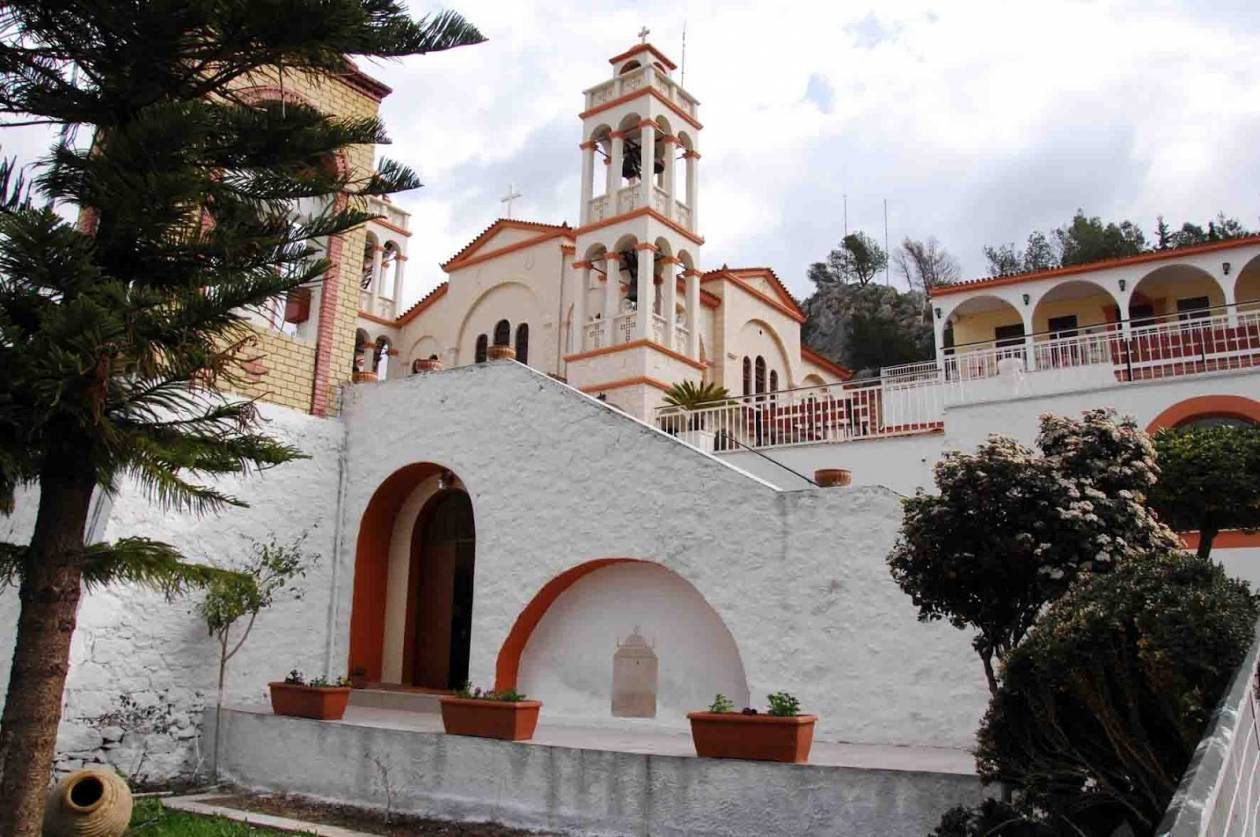 Ναύπλιο: Ανεστάλη η λειτουργία του συσσιτίου από τον ιερό ναό της Ευαγγελίστριας