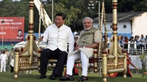 Στην Ινδία ο Κινέζος πρόεδρος