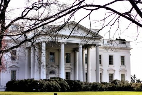 ΗΠΑ: Έρευνα για τον εισβολέα του Λευκού Οίκου