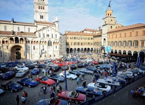 Maserati: Γιορτή για τα 100 χρόνια στην Ιταλία