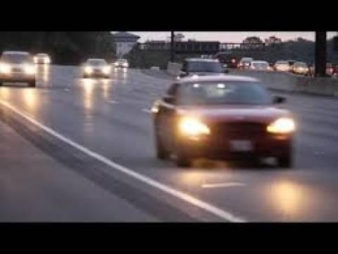 Συγκλονιστικό βίντεο: Γυναίκα οδηγός επιτίθεται σε άλλη οδηγό για το παρκάρισμα!