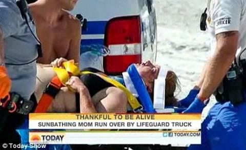Ναυαγοσώστης παρέσυρε λουόμενη με το όχημα του (βίντεο)