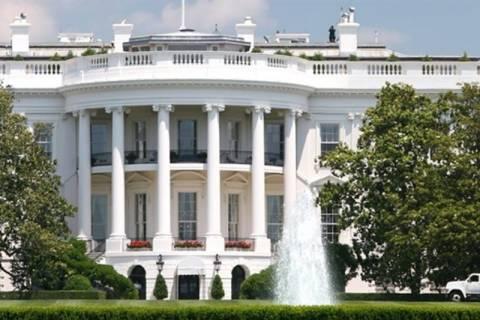 Εκατοντάδες σφαίρες είχε στο αυτοκίνητο ο εισβολέας στον Λευκό Οίκο