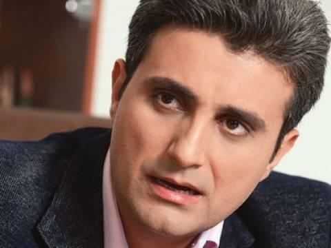 Διάσημος Ρουμάνος δημοσιογράφος αποκάλυψε ότι ήταν μυστικός πράκτορας