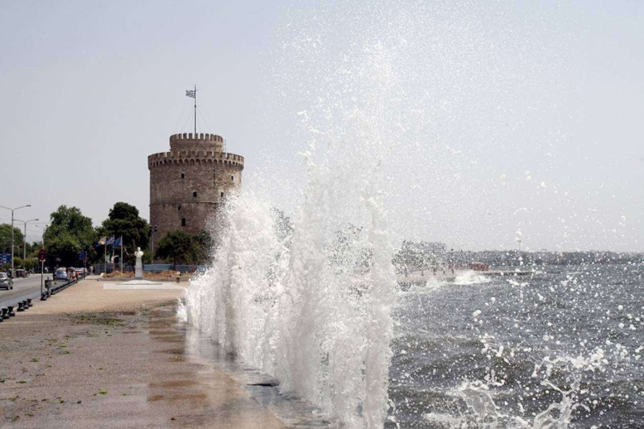 Θεσσαλονίκη: Προβλήματα από ισχυρούς ανέμους