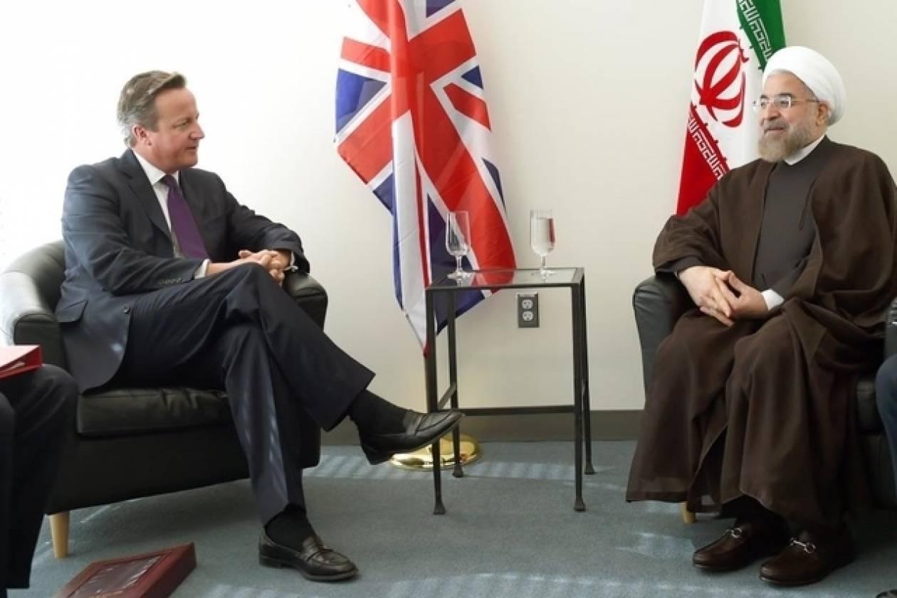 Κάμερον και Ροχανί συμφώνησαν να βελτιώσουν τις σχέσεις μεταξύ Βρετανίας και Ιράν