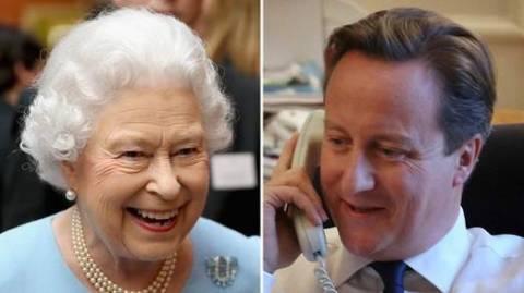«Συγνώμη» του Κάμερον στη βασίλισσα Ελισάβετ για το... γουργούρισμα