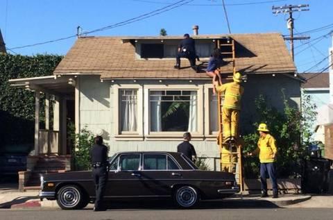 Ηθοποιός κρύφτηκε στη στέγη για να γλιτώσει από ληστή! (pic)