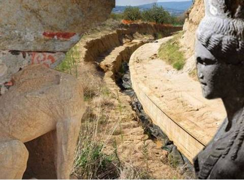 "Amphipolis: The fourth gate ""unlocks"" the puzzle"