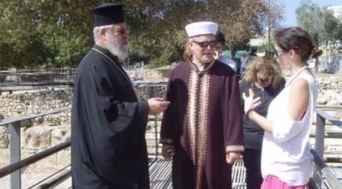 Ο Αρχιεπίσκοπος ξενάγησε τον Μουφτή σε μνημεία της Πάφου
