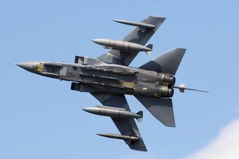 Η Βρετανία ξεκινά αεροπορικές επιδρομές κατά των τζιχαντιστών