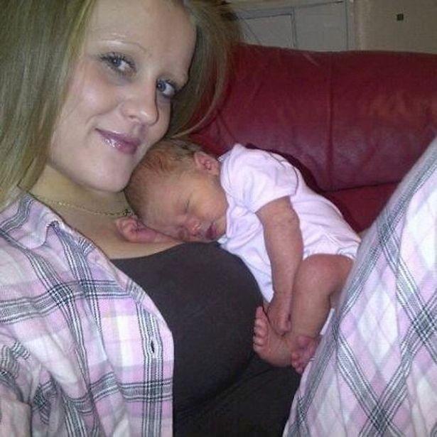 Γονείς έπνιξαν κατά λάθος το νεογέννητο μωρό τους (pics)