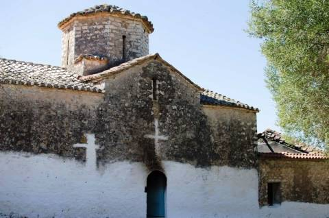 Καταστράφηκε από πυρκαγιά εκκλησάκι Νεοχώρι (pics)