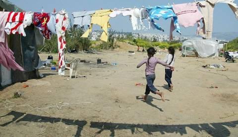 Κατεδαφίζουν τον καταυλισμό των Ρομά στο Χαλάνδρι