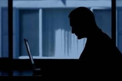 11χρονο κοριτσάκι έπεσε θύμα σεξουαλικού εκβιασμού μέσω διαδικτύου