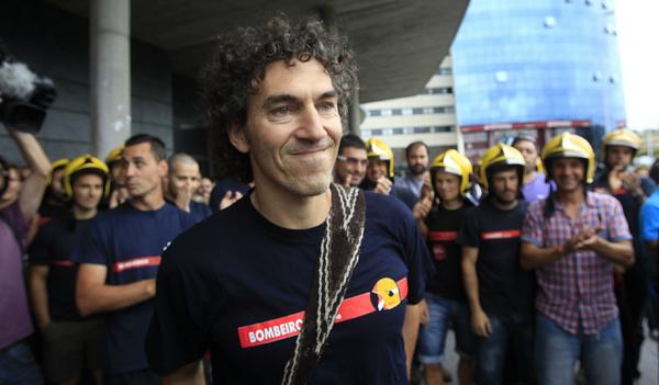 Ο Ισπανός πυροσβέστης που έγινε ήρωας