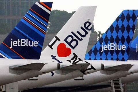 Τις οικονομικές παρενέργειες του Έμπολα εξετάζουν οι αμερικάνικες αεροπορικές εταιρείες