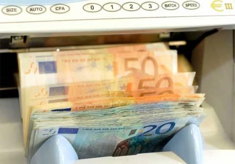 Στις 100 δόσεις κλειδώνει η συμφωνία με την τρόικα για τα «κόκκινα δάνεια»
