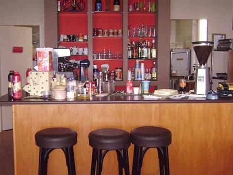 Καλαμπάκα: Λαχτάρησε ο πελάτης-Έπινε τον καφέ του όταν ξαφνικά αντίκρισε…