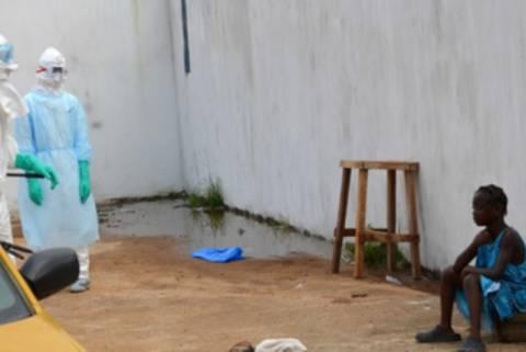 Έμπολα: Κουβανοί γιατροί και νοσηλευτές ταξίδεψαν για Αφρική