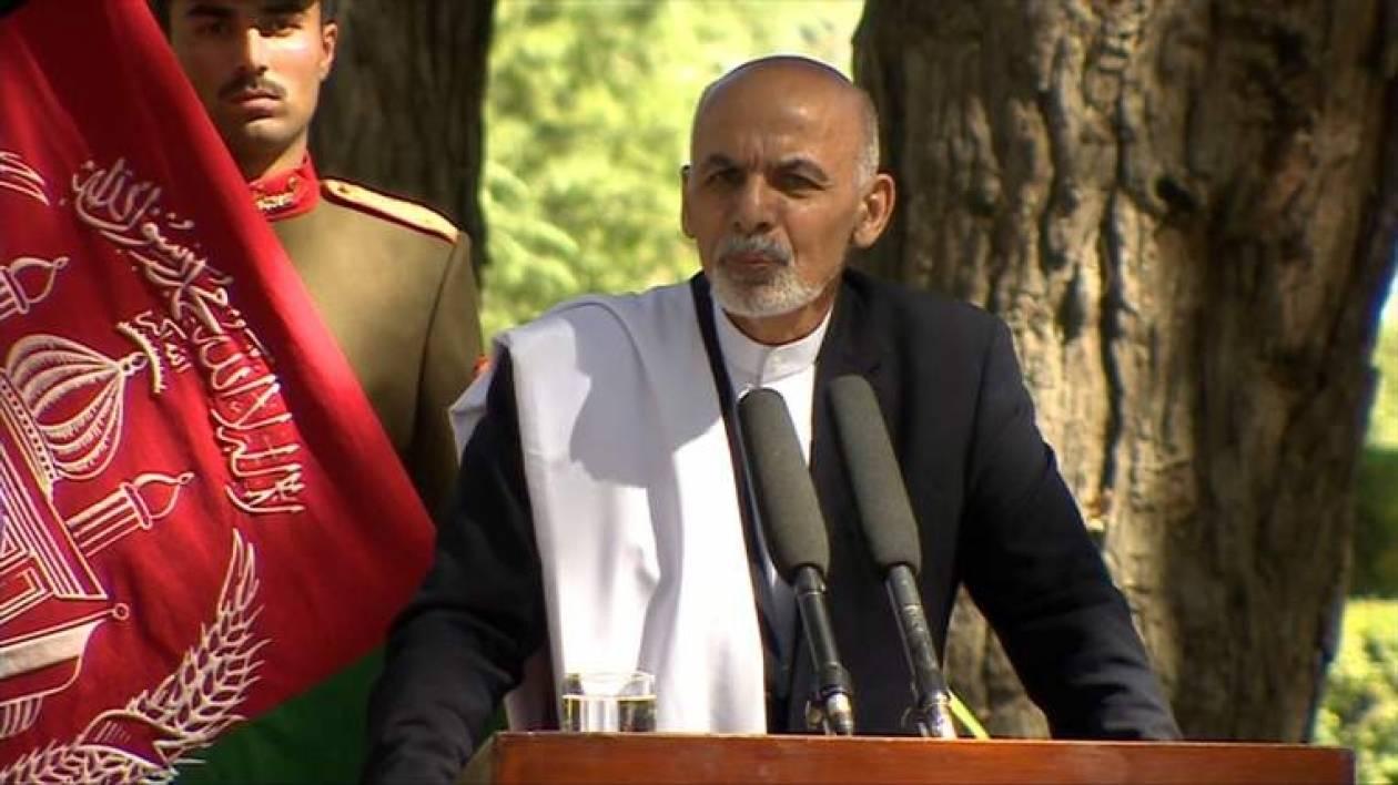 Ο Αφγανός πρόεδρος ευχαρίστησε τους στρατιώτες του ΝΑΤΟ