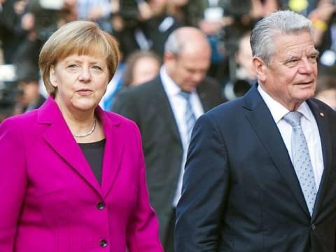 Μέρκελ: Θα συνεχίσουμε να πιέζουμε για δημοσιονομική πειθαρχία
