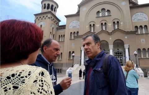 Στ. Θεοδωράκης: Φύλαξη των συνόρων μόνο από τη Frontex