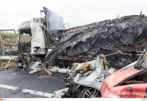 Καραμπόλα στην Εγνατία: Πρόβλημα στα φρένα επικαλέστηκε ο οδηγός της νταλίκας