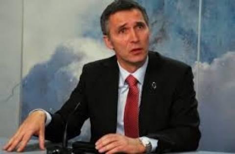 ΝΑΤΟ: Η Συμμαχία επιθυμεί εποικοδομητικές σχέσεις με τη Μόσχα