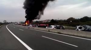 Καραμπόλα στην Εγνατία: Σοκαριστικό βίντεο από τις πρώτες στιγμές της τραγωδίας