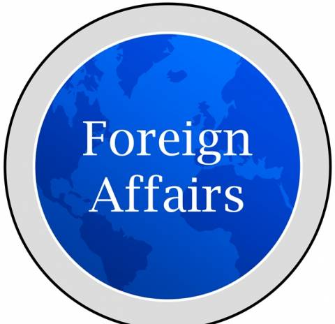 Foreign Affairs: Έξαρση λαϊκισμού και εθνικισμού σε ΕΕ και ΗΠΑ