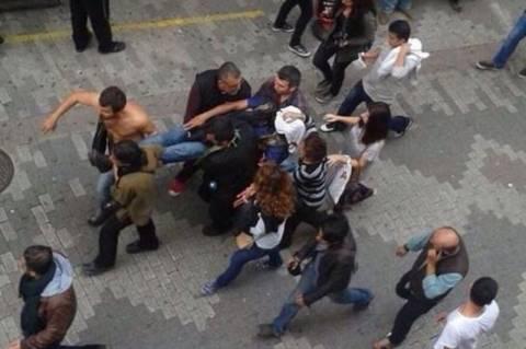 Τουρκία: Αιματηρές διαδηλώσεις Κούρδων με νεκρούς (vids+pics)