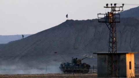 Κομπάνι: Οπισθοχωρούν οι τζιχαντιστές μετά τις αεροπορικές επιδρομές