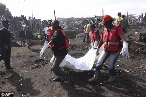 Εξαγριωμένο πλήθος λιντσάρισε και έκαψε ζωντανούς διαρρήκτες