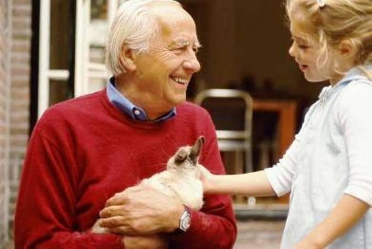 Ανατρεπτική μελέτη για Αλτσχάιμερ: Οι μνήμες σβήνουν αλλά τα συναισθήματα μένουν!