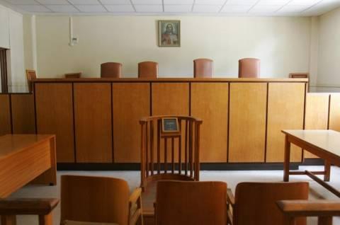 Θεσ/νίκη: Συζητήθηκε η αγωγή απολυμένων εργαζομένων κατά της «Κοκα-Κόλα 3Ε»