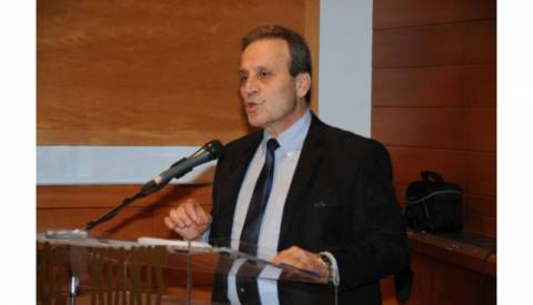 Παραστατίδης: Ο Σαμαράς περιφρονεί τη Βουλή