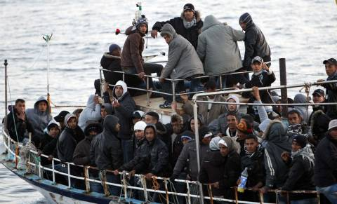 Ψαρά: Στα χέρια του Λιμενικού 89 παράνομοι μετανάστες