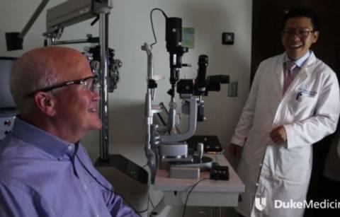Τυφλός κατάφερε να δει μετά από 33 χρόνια! (βίντεο)