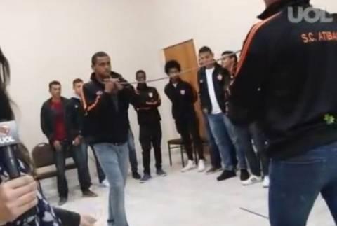Ομάδα προσέλαβε... υπνωτιστή για να μην υποβιβαστεί! (βίντεο)