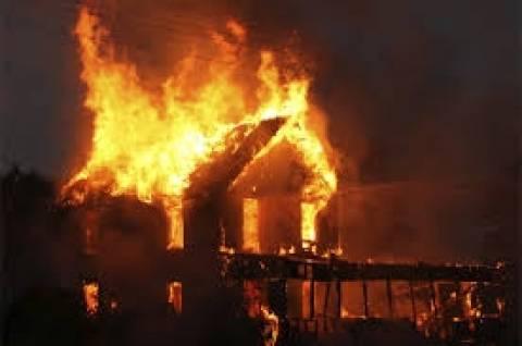 Χωρικοί έκαψαν ζωντανούς επτά ανθρώπους με την κατηγορία ότι ήταν μάγοι