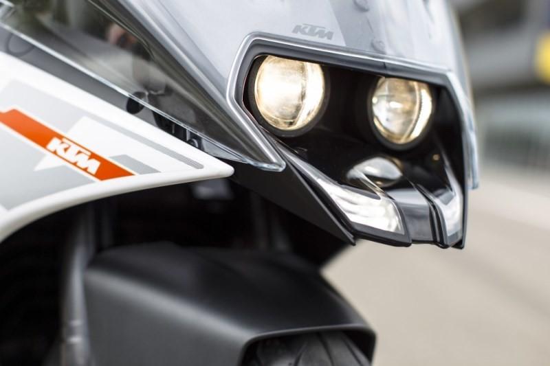 KTM: RC 390 το Supersport πνεύμα της ΚΤΜ