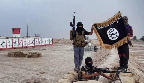 Ιρακινός εικονολήπτης εκτελέστηκε δημόσια από το ΙΚ