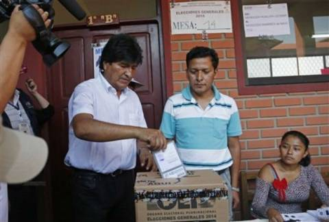 Βολιβία: Πρόεδρος για 3η συνεχόμενη φορά ο Εβο Μοράλες σύμφωνα με τo exit poll