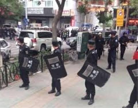 Σε θάνατο καταδικάστηκαν 12 «τρομοκράτες» στη Σιντζιάνγκ