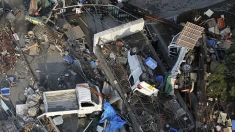 Ιαπωνία: Δεκάδες τραυματίες από τον τυφώνα που απειλεί το Τόκιο (vids+pics)