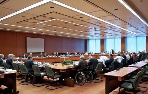 Bloomberg: Αρνητικό το Eurogroup για το τέλος του μνημονίου