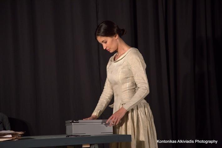 Η γυναίκα με τα μαύρα στο Θέατρο Αλκμήνη (pics)